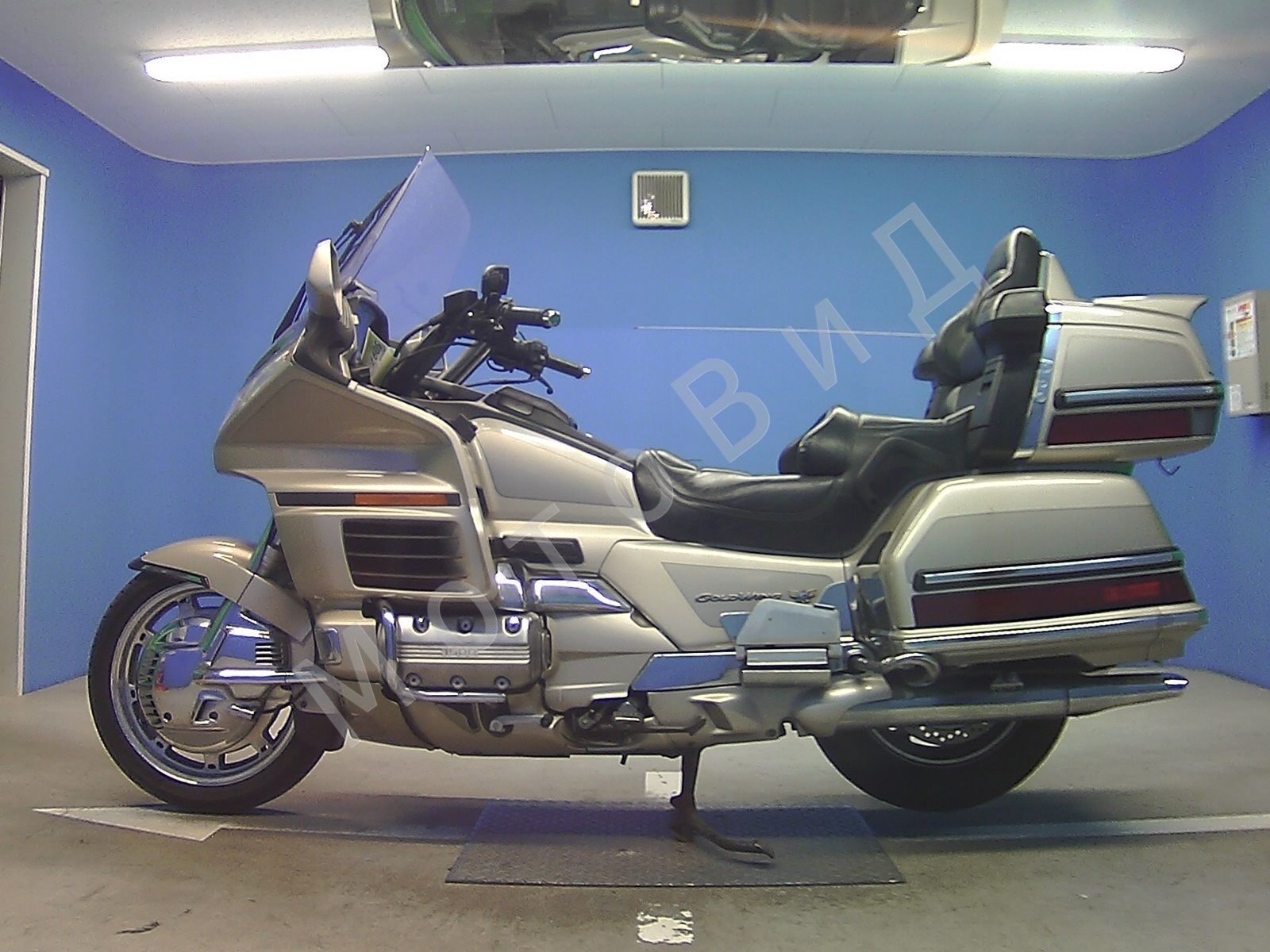 Honda GL 1500 Gold Wing / Обзор мототехники секонд хенд